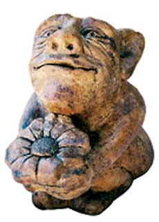 Ernie Grotesque Gargoyle, medieval concrete ornament for garden