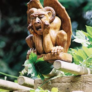 Ramsis medium Gargoyle medieval concrete statue for garden