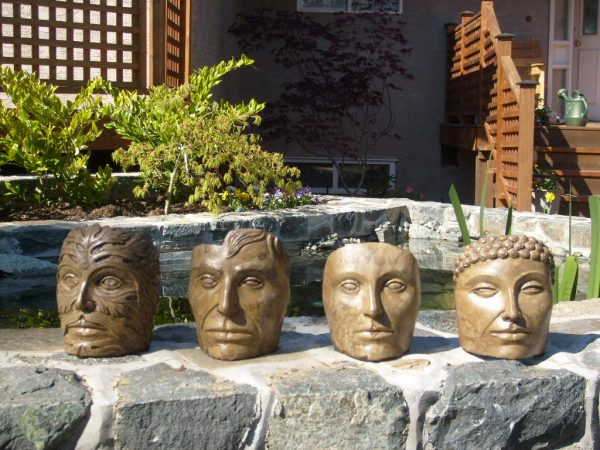 Small Faces concrete scuptures for outdoor