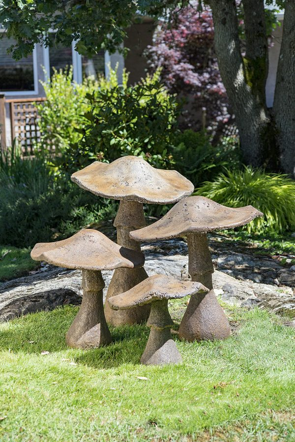 Garden Mushrooms set, group, concrete, outdoor statues