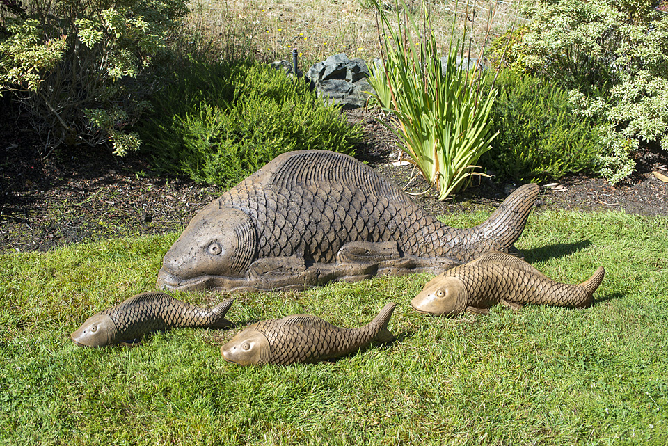 Giant Swimming Koi lawn, garden fish statues, Japanese ornaments