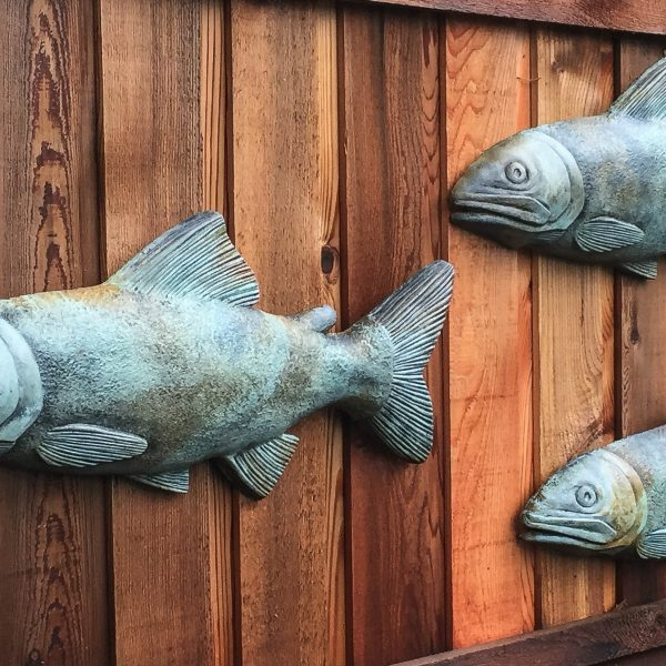 Decorative School of Fish hanging wall plaques for the garden